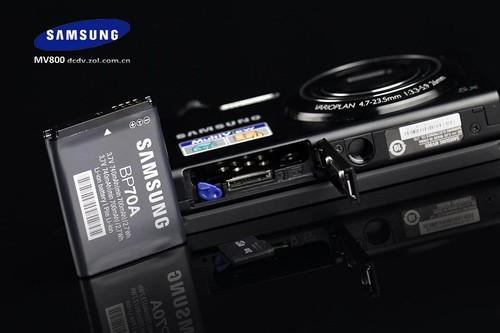 三星首款翻转屏自拍神器 MV800评测